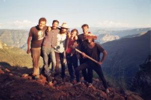 Das Team von Dreifilm mit Moritz Tessendorf