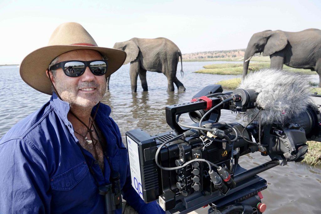 klein-jens-westphalen_elefanten_chobe-zorillafilm-grospitz-westphalen