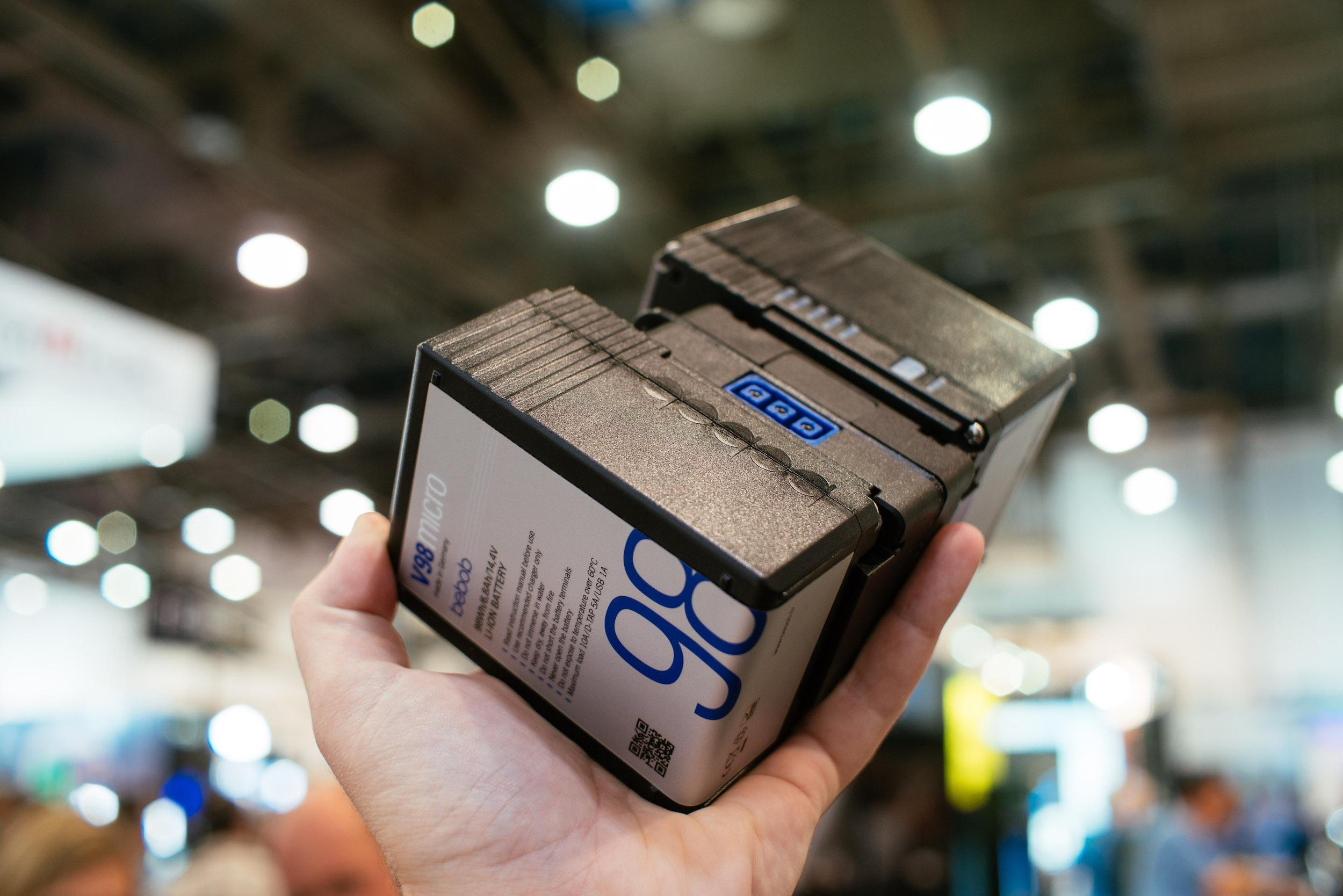 Ultra-flexibel: Unsere neuen Micro-Ladegeräte sind da!